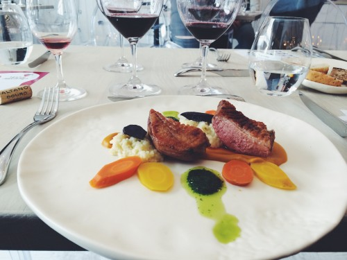 Dine restaurant restoranas antis duck carrots sweet potatoes pure